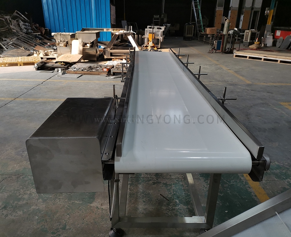 Horizontal conveyor