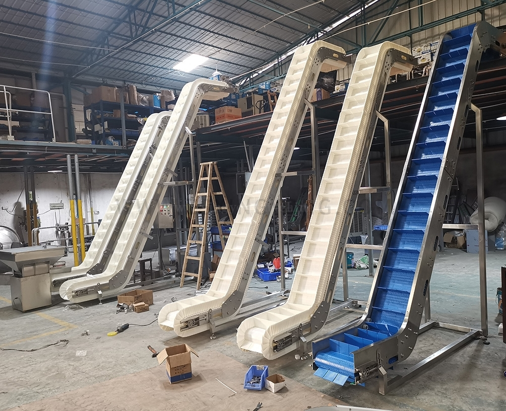 BeijingChain plate large inclined conveyor